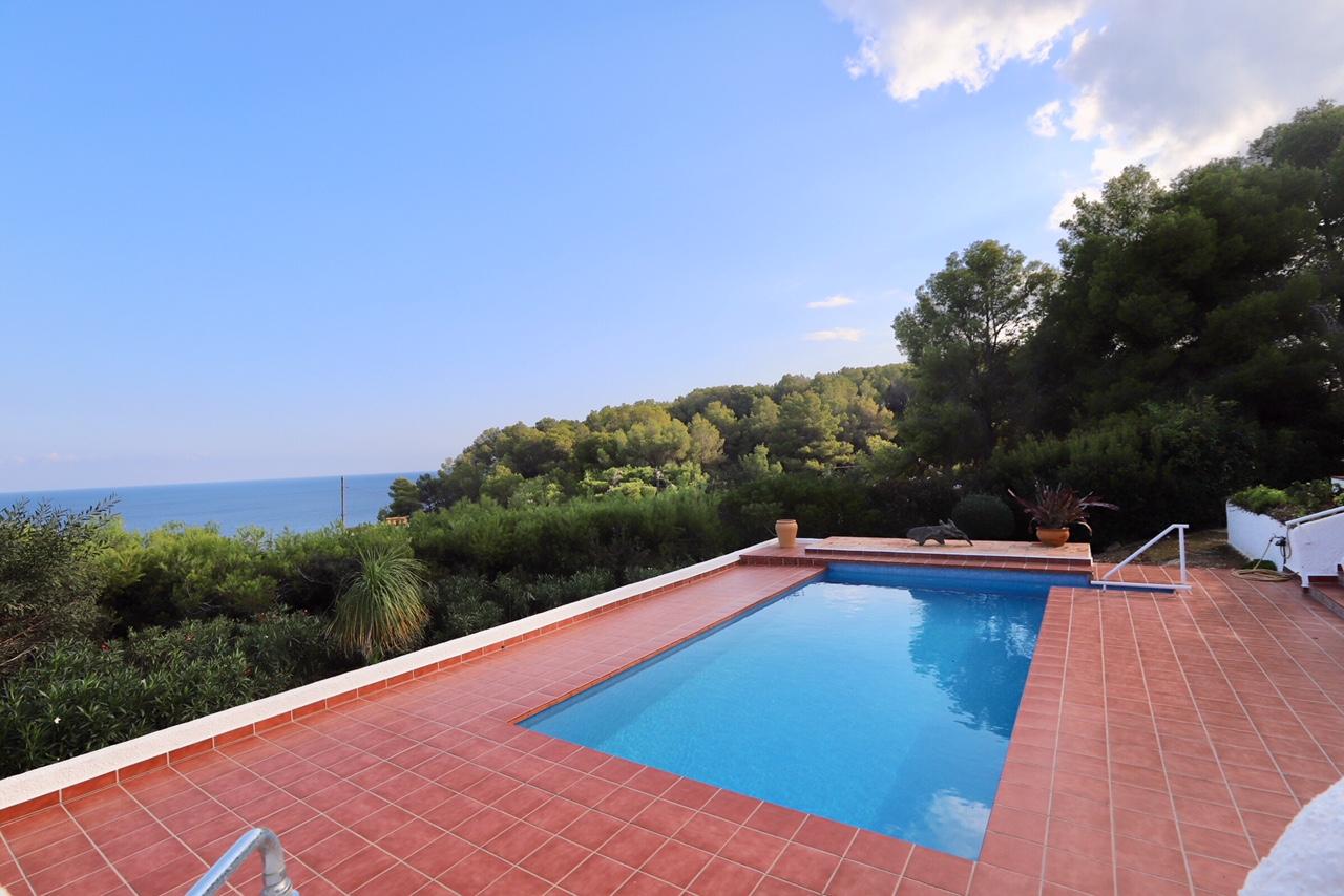 Villa con espectaculares vistas al mar en Moraira