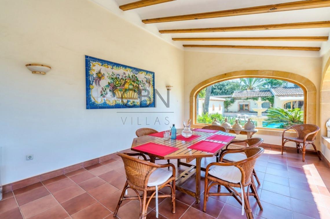 Villa a la venta en el sur del Montgó, Javea