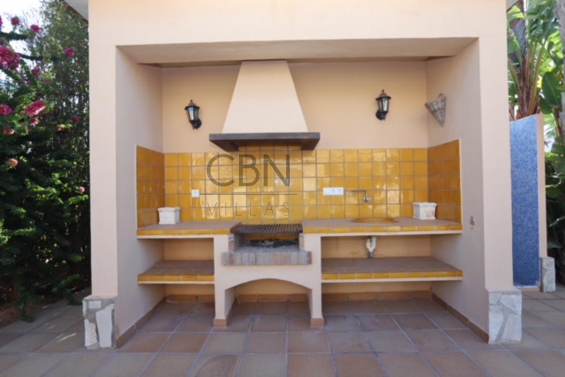 Chalet en venta en la zona de San Juan en Dénia