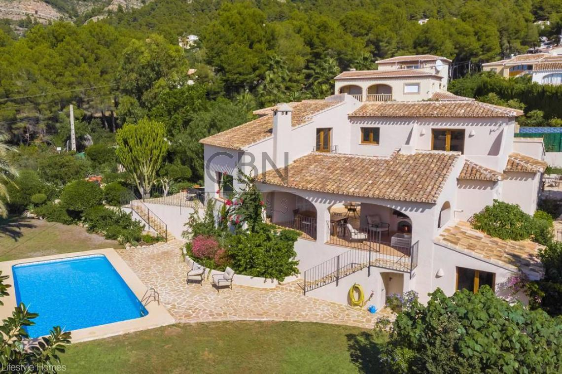 Exclusiva villa en Jávea