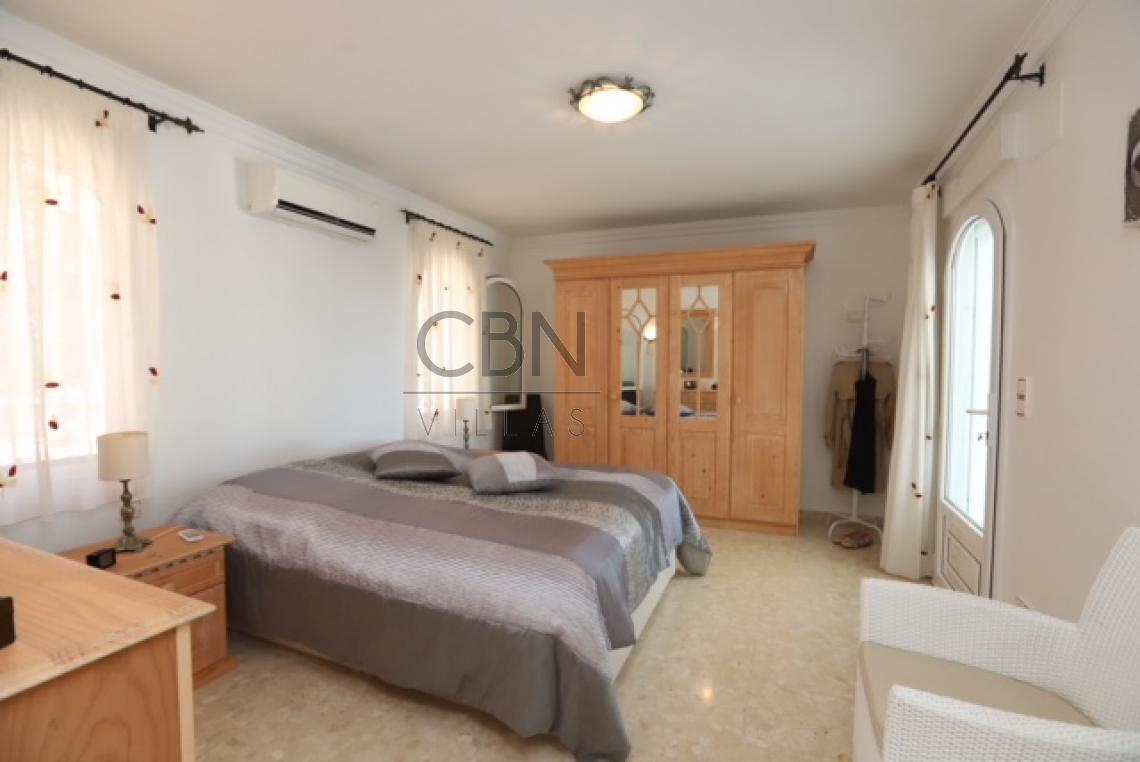 Villa en venta con espectaculares vistas al mar Dénia