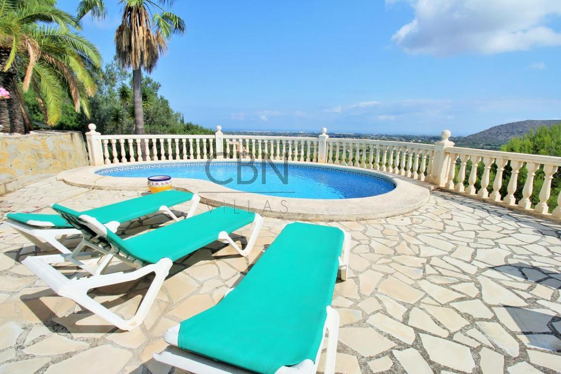 Villa en venta con vistas al mar, La Sella Golf
