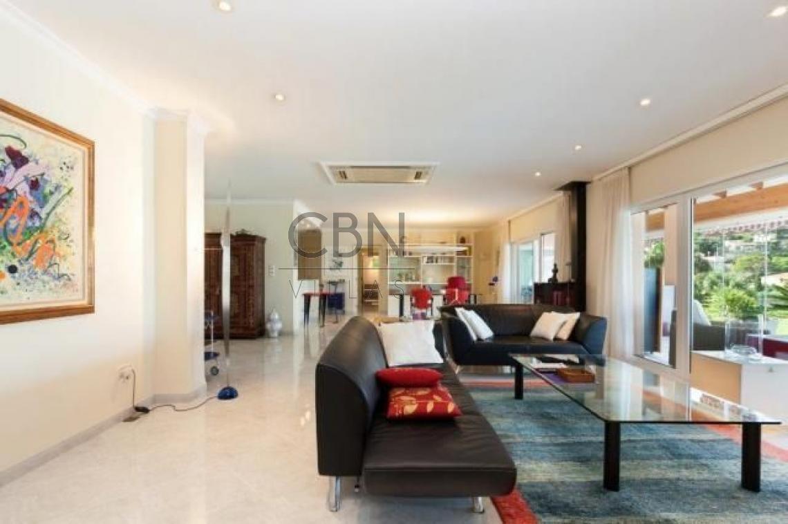 Estupenda Villa en venta muy cerca del centro de Dénia