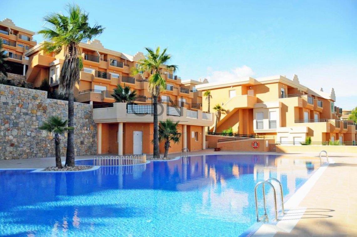 Apartamento con espectaculares vistas al mar en La Sella Golf Resort