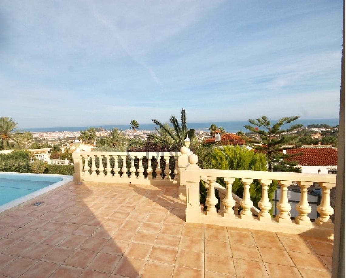 Villa en venta con espectaculares vistas al mar en Dénia