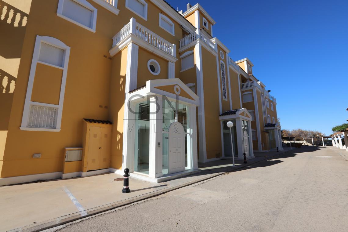 Apartamento en venta primera linea de playa en Dénia