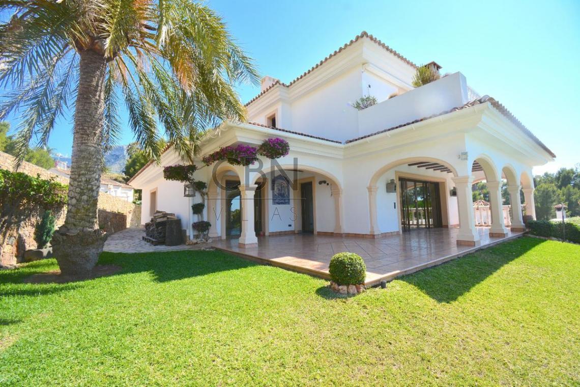 Espectacular villa en venta en San Nicolas Dénia