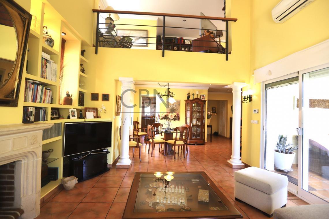 Estupenda Villa en venta cerca del centro de Dénia y con bonitas vistas