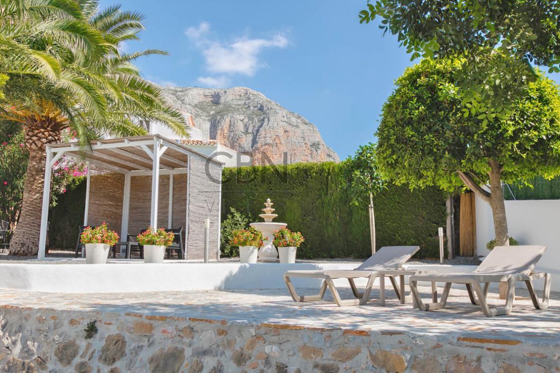 Villa a la venta en el Sur del Montgo Javea
