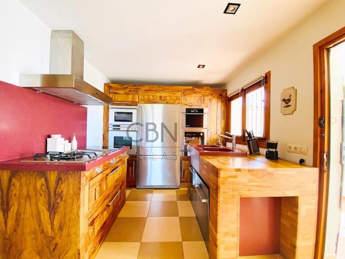 Villa en venta con vistas al mar en Javea